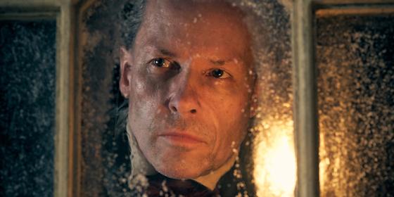 A Christmas Carol, la recensione della nuova serie di Tom Hardy e Ridley Scott